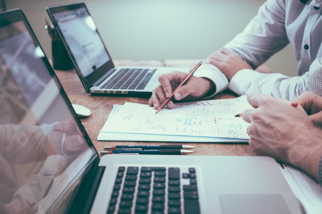 Corsi professionali e diplomi: cosa serve per essere competitivi sul mercato del lavoro
