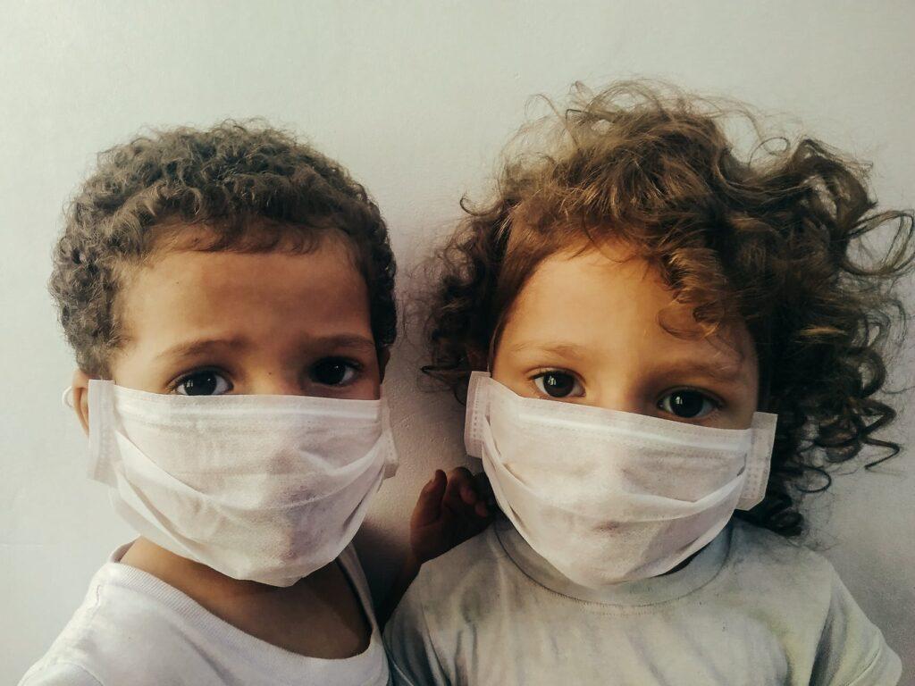 Pandemia e spese mensili: come risparmiare con le mascherine online
